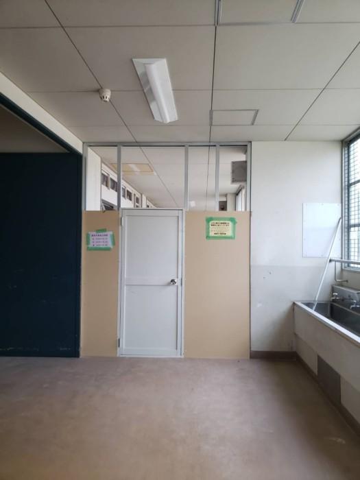 尼崎市 某中学校 2校 内装工事1